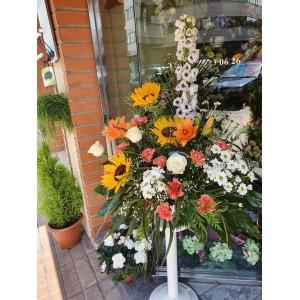 Centro de flores con girasoles